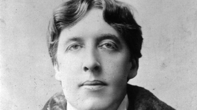 Irish playwright, novelist and wit Oscar Wilde (1854 - 1900). (Photo by Alfred Ellis & Walery, London /Getty Images)