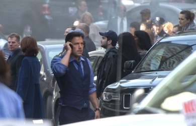09 Aug 2014, Detroit, Michigan, USA --- Aug. 9, 2014 - Detroit, Michigan, U.S - Actor BEN AFFLECK, as Batman, films a scene from 'Batman v Superman: Dawn of Justice' in the streets of downtown Detroit. (Credit Image: © Mark Bialek/ZUMA Wire) --- Image by © Mark Bialek/ZUMA Press/Corbis