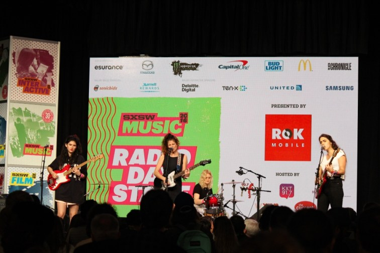 Hinds at SXSW 2016