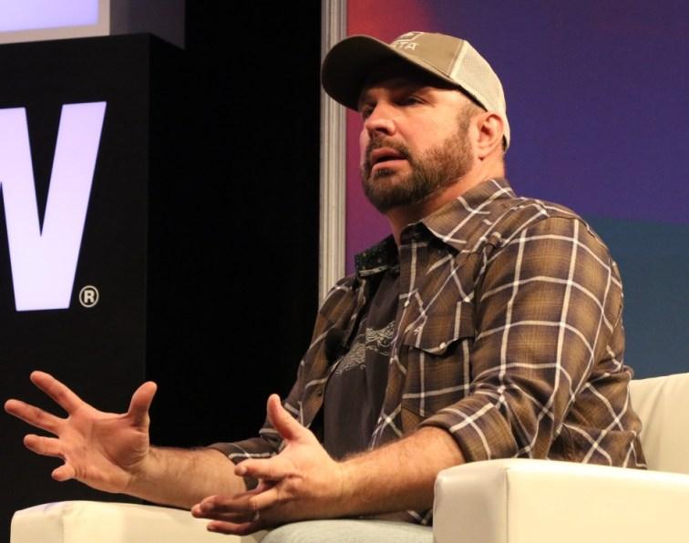 Garth Brooks Interview at SXSW Music Festival 2017 (Tan The Man)
