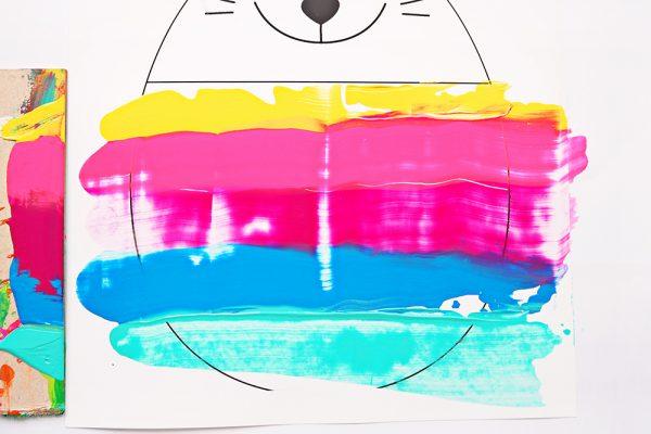 Osterhase mit Acrylfarben Detail