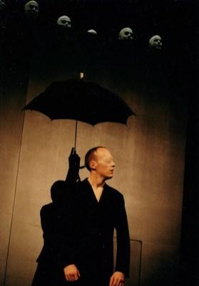 Luzerner Theater Premiere vom 27. Oktober 2002 Amerika (nach Franz Kafka) Regie: Jarg Pataki