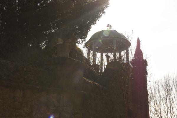 Het koepeltje in de tuin van Henri le Sidaner in Gerberoy
