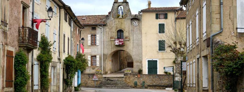 Camon-dorp-frankrijk-plus-beaux-villages-de-france poort