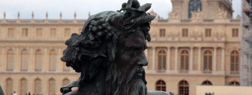 Het hoofd van het beeld Rhone in het tuin van het kasteel van Versailles