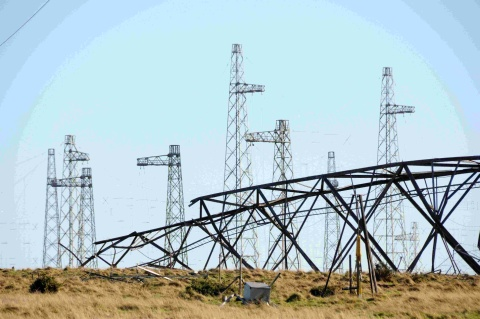 Dorset Echo: WORK STOPPED: The masts at Rampisham transmission station