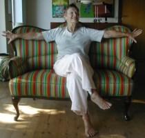 Sofa med mormor