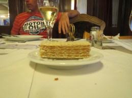 """Kage 2 - til frokost var der suppe, hovedret og kage. Til middag """"kun"""" hovedret og kage"""