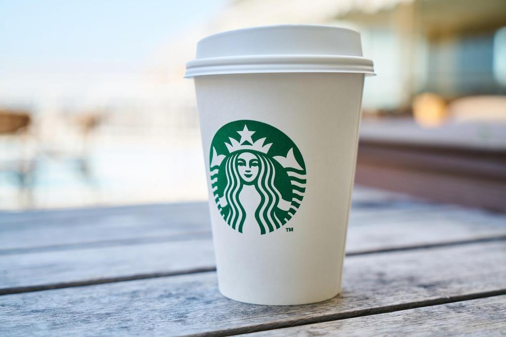 Starbucks. Marketing. Dos Aguas Blog