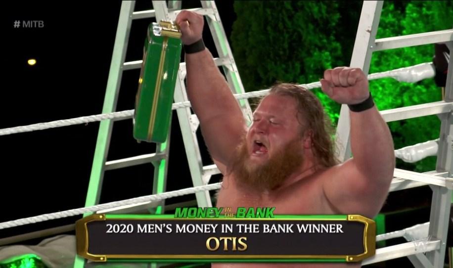 Otis y su maletín del Money in the Bank: ¿un caso perdido?