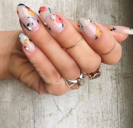 unhas-flores-delicadas