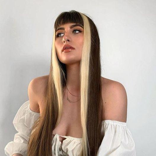 mechas na frente do cabelo