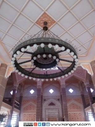 Lampu Utama Masjid Putra