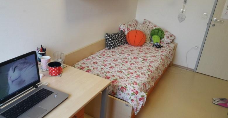 Štiudentska soba v Študentskih domovih Univerze v Mariboru.
