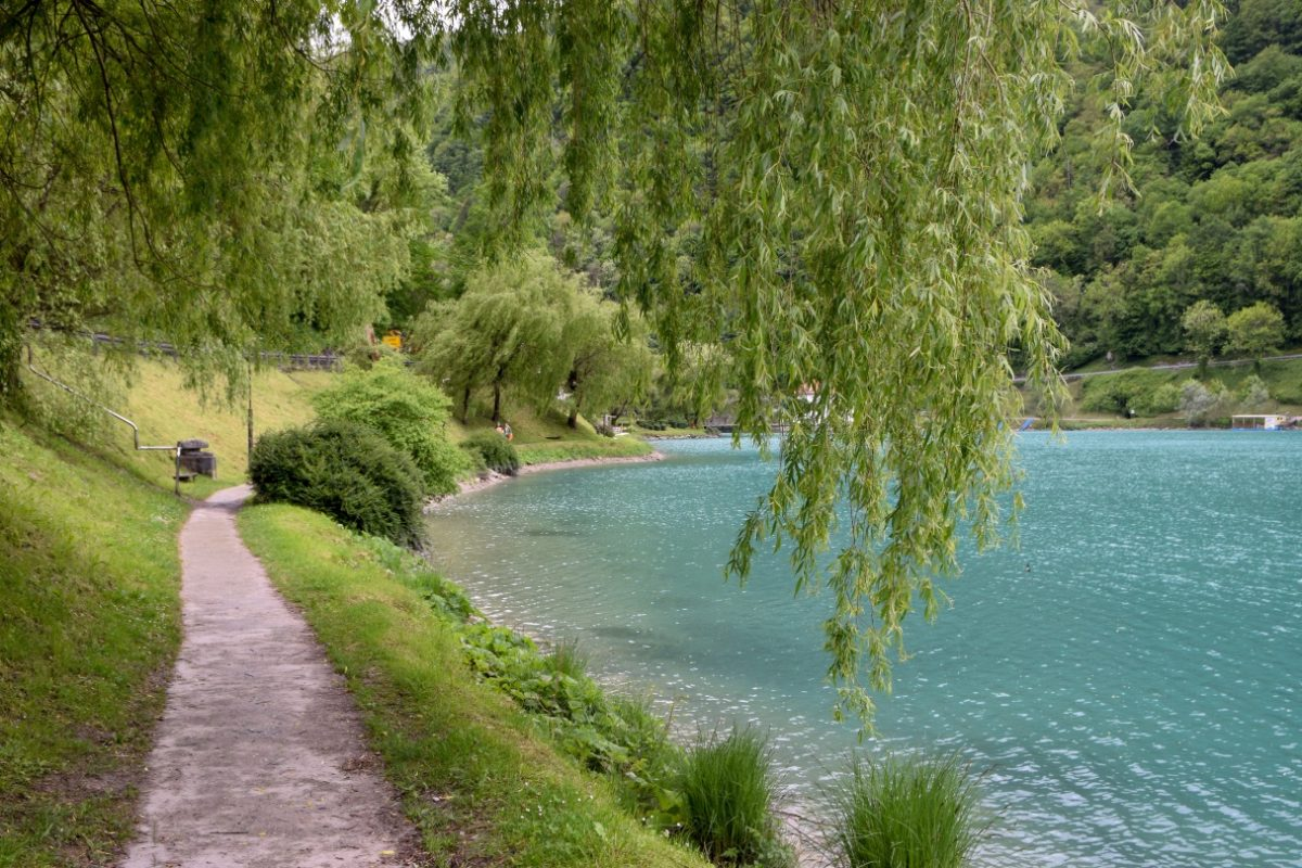 Tolmin, izlet, Kozlov Rob, Tolminski koluti, Kraj in jezero ob smaragdni reki