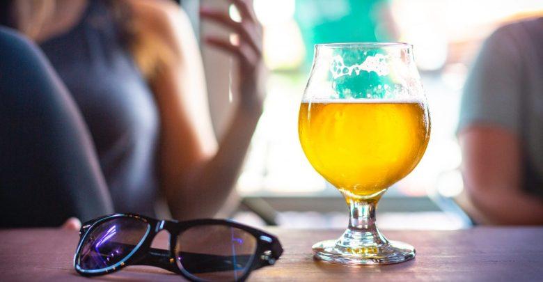 navade, jajca, pritoževanje, preklinjanje, raziskave, slabe navade, vsakodnevne navade, poležavanje, pritoževanje, pitja piva, pivo je zdravo, sir