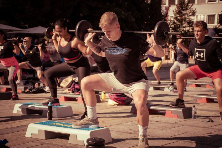Bodifit, vadbe, Marko Geršak, trg Leona Štuklja, vaje, pilates, fitnes, Michael King, Teddy Otieno, Švic Fest