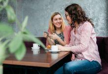 Photo of 5 nadležnih navad, ki se jih moraš znebiti, da bo pogovor prijeten