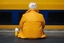 Photo of Pomoč starejšim: kako lahko kot študent pomagaš tudi ti?