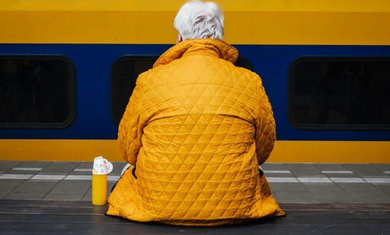 Starejši, ostareli, ŠOUM, Humanitarček, društvo Humanitarček, Kristjan Kostrevc, Študentska organizacija Univerze v Mariboru, #projektvida, pomoč, pomoč ljudem v stiski, projekt Vida, Dobrodelko
