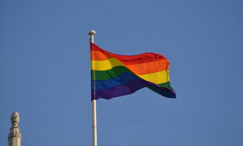 LGBTQ, Disney-Pixarja, Naprej, onward,