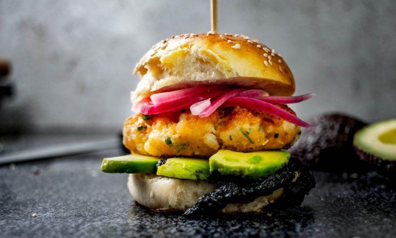 Mala kuhna, ribji burger