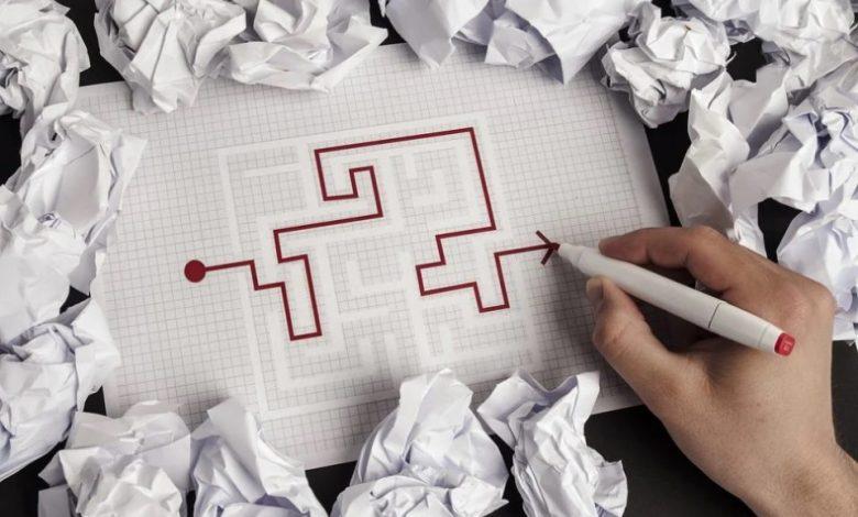 Karierni labirint, karierni poti, karierna pot, mladi, delo, Nefiks,