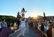 Photo of Čehi pripravili veliko poslovilno zabavo za korona pandemijo