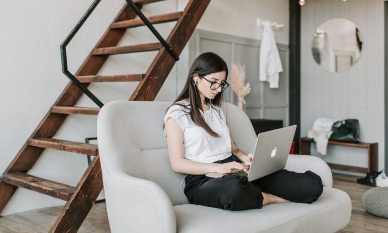 video razgovor, razgovora, razgovor, Osebni stik, razgovor, nasveti, delo, Vsebinska priprava, Tehnična pripravljenost, Microsoft Teams, Zoom, Skype,