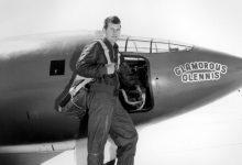 Photo of Umrl Chuck Yeager, prvi človek, ki je prebil zvočni zid