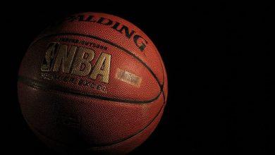 Photo of NBA: Za božič Dončić proti prvakom, LeBron podaljšal pogodbo z jezerniki