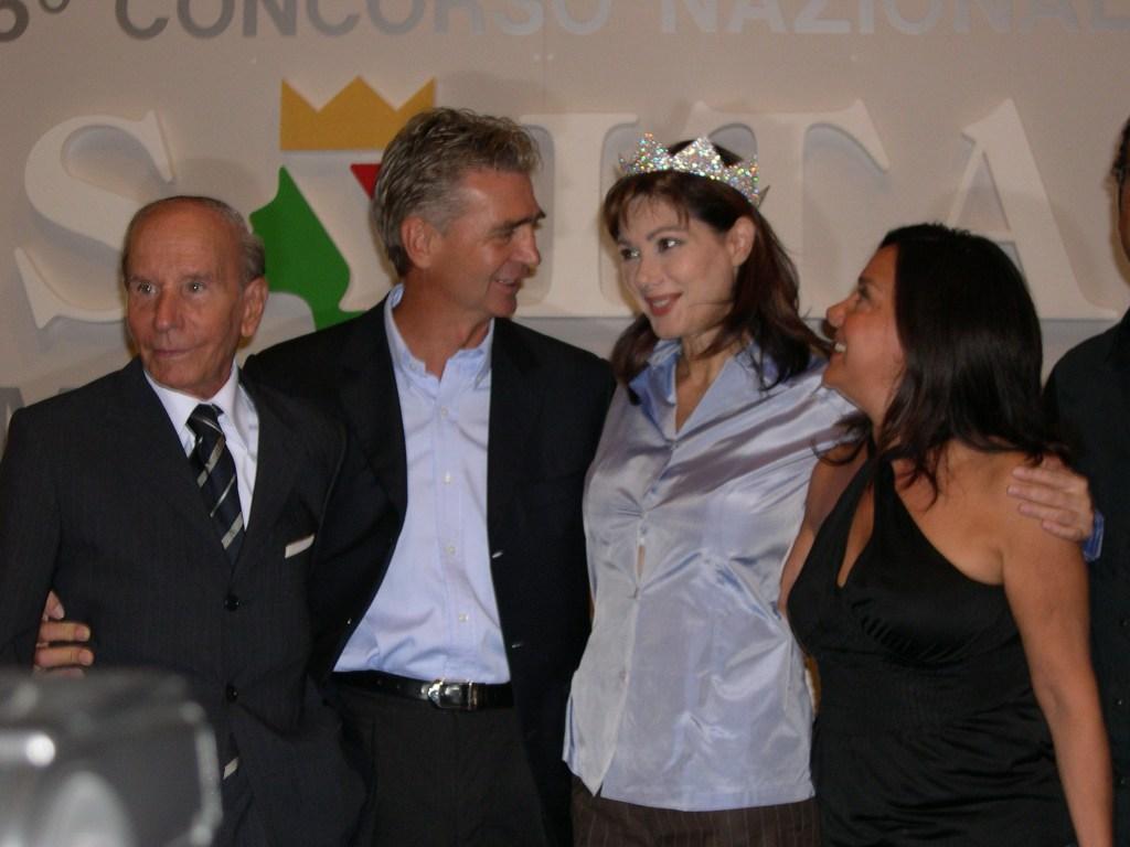 Sergio Cielo con Edwige Fenech, Enzo Mirigliani e Patrizia Mirigliani 2004