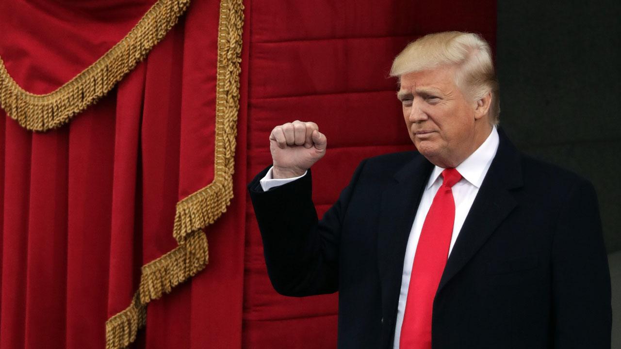 Donald%20Trump%20arrives%20at%20inauguration_1484930967134_182798_ver1_20170122183927-159532