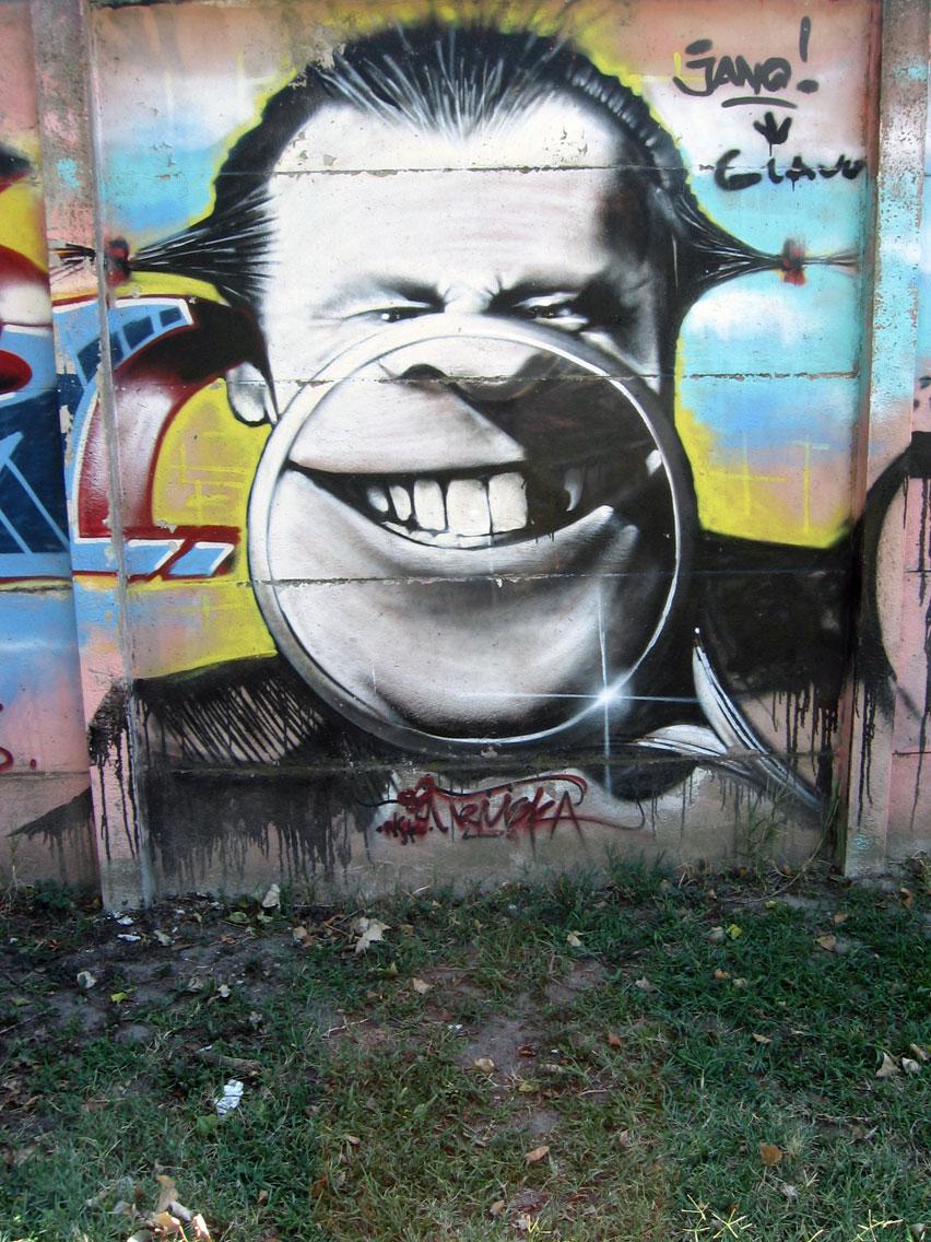 NS Grafiti i murali