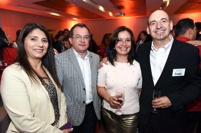Soledad Casanova, Avianca; Alexis Barriga, jefe de ventas servicios terrestres Travel Security; Susana Tolmo, jefe calidad de producto de Viajes Falabella,Freddy Yacobucci, director de Onynetwork.