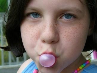 Salute dei denti, un chewingum ogni giorno toglie dentista di torno L'evidenza clinica ha già dimostrato che la gomma da masticare senza zucchero può aiutare a prevenire la carie
