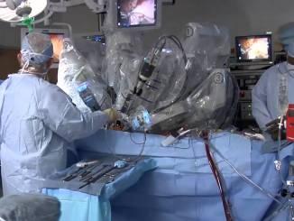 Robot da Vinci opera tumore testicolo al Santa Maria della Misericordia Il caso sarà presentato al prossimo congresso europeo di urologia