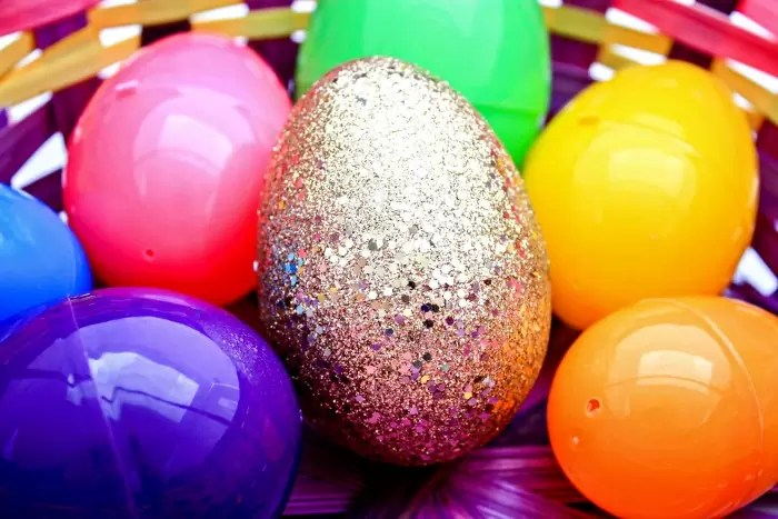 Hunt for the Golden Egg: And Easter Egg Hunt that Celebrates Jesus Christ