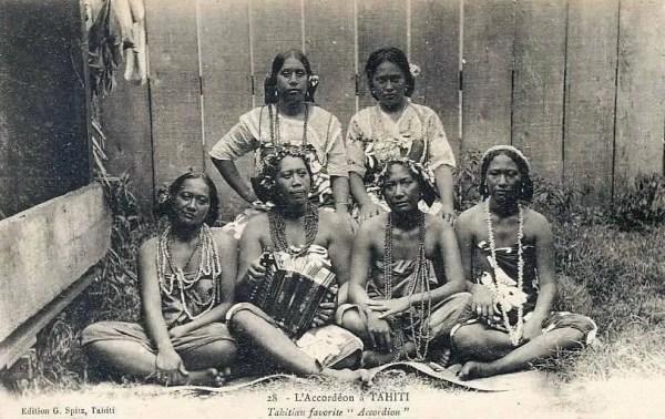 L'Accordeon a Tahiti