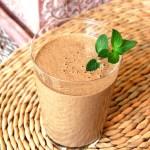 chocolate mint protein shake smoothie