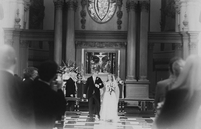 Wedding Photograph of Beth and Alex in St Bride's Church, London