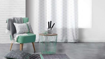 rideaux et voilages transparents ou