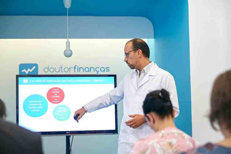 Inauguração da Clínica Doutor Finanças