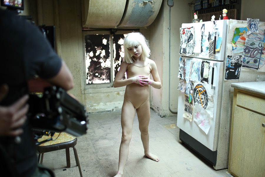 Sia_Chandelier_Maddie_Ziegler_Behind_the_Scenes_6828