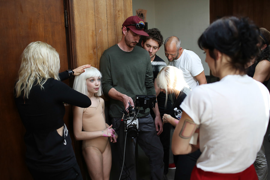 Sia_Chandelier_Maddie_Ziegler_Behind_the_Scenes_6845