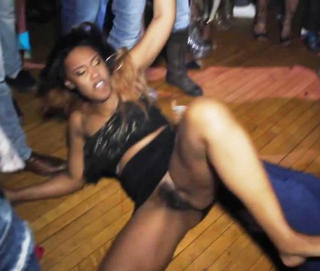 Pantiless Girl Fight At The Club