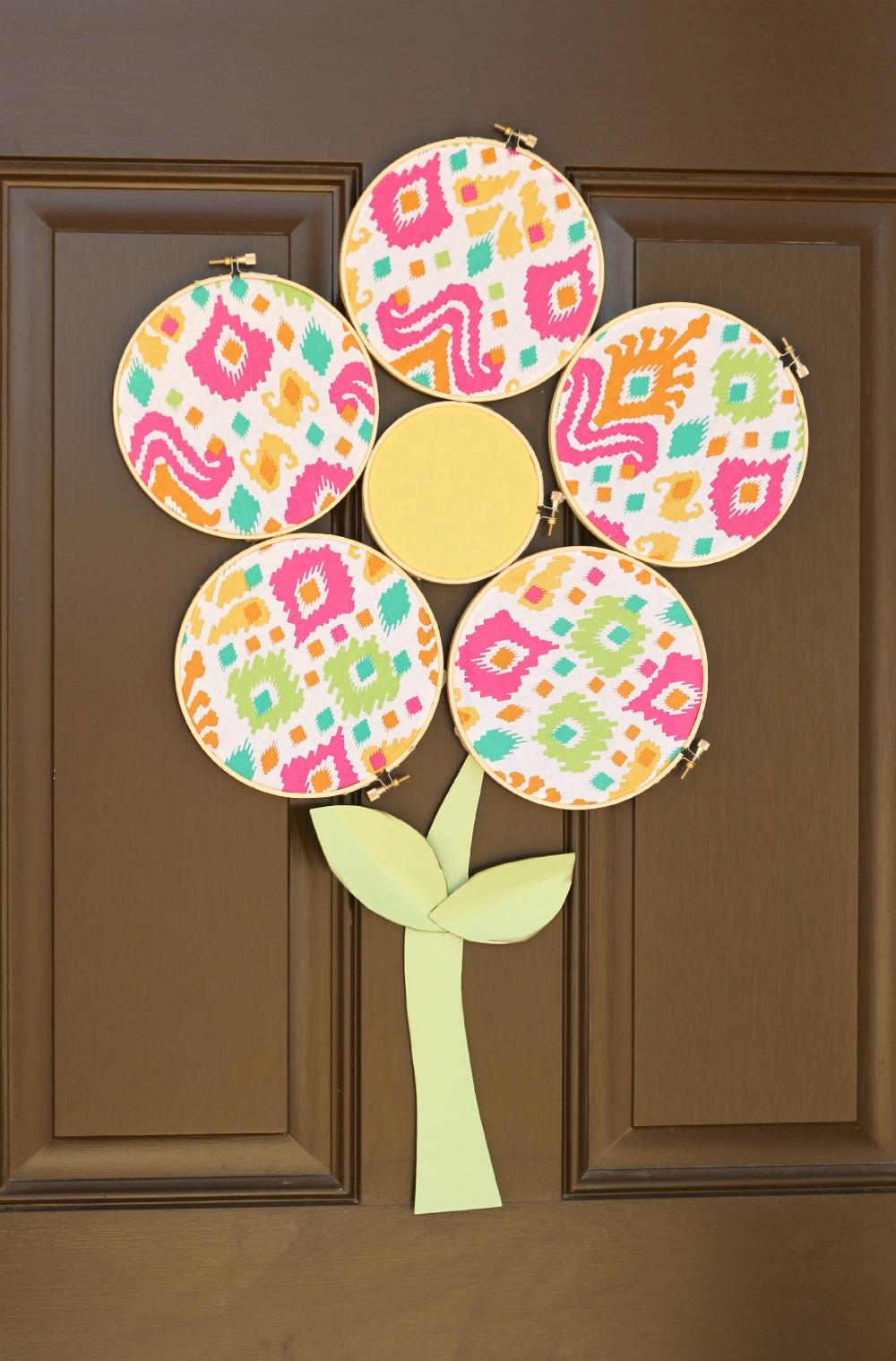 embroidery-hoop-flower-wreath-1