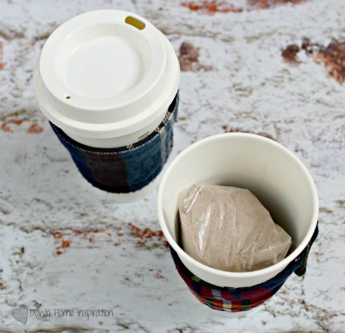 flannel-coffee-cozy-7