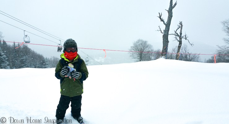 10 Tips for Skiing with Kids & Packing List