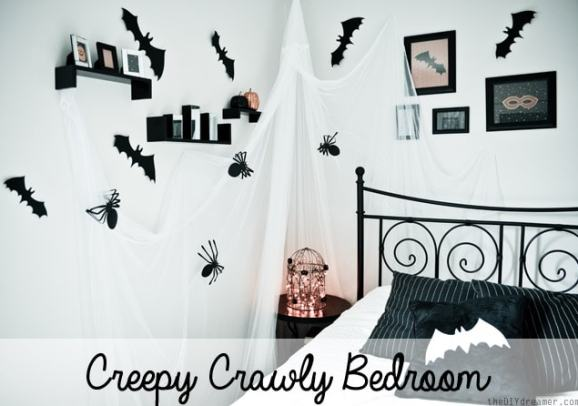 All Rights Reserved: TheDIYdreamer Creepy Crawly Bedroom Decor